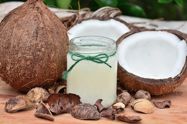 4 Benefits Of Drinking Coconut Water That Your Body Is Craving For