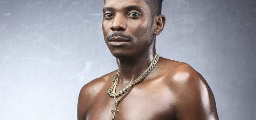 Eric Omondi shirtless picture